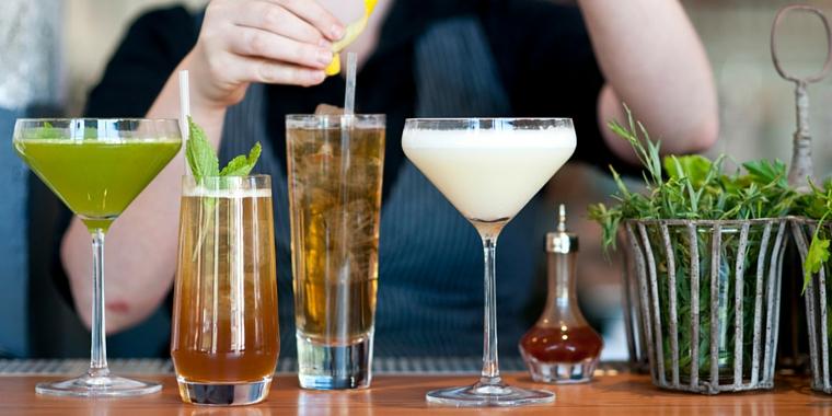 How To Make Dustin Lawlor's Craft Cocktail 'Las Vegas Turnaround'