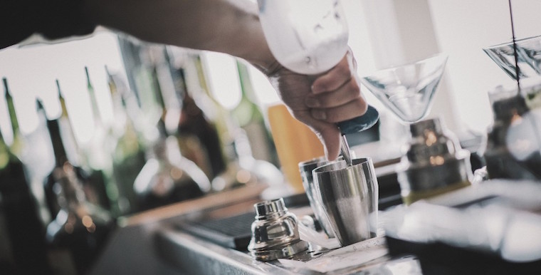 Are Bartenders To Blame If Customers Drinks Too Much?