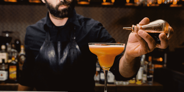 Why Mixology is a Real Trade and How it Enhances the Dining Experience